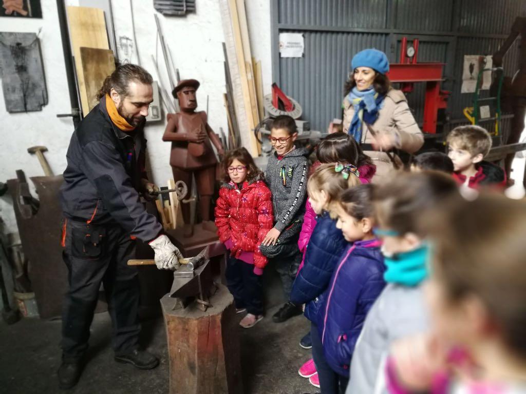 Visita niños al taller