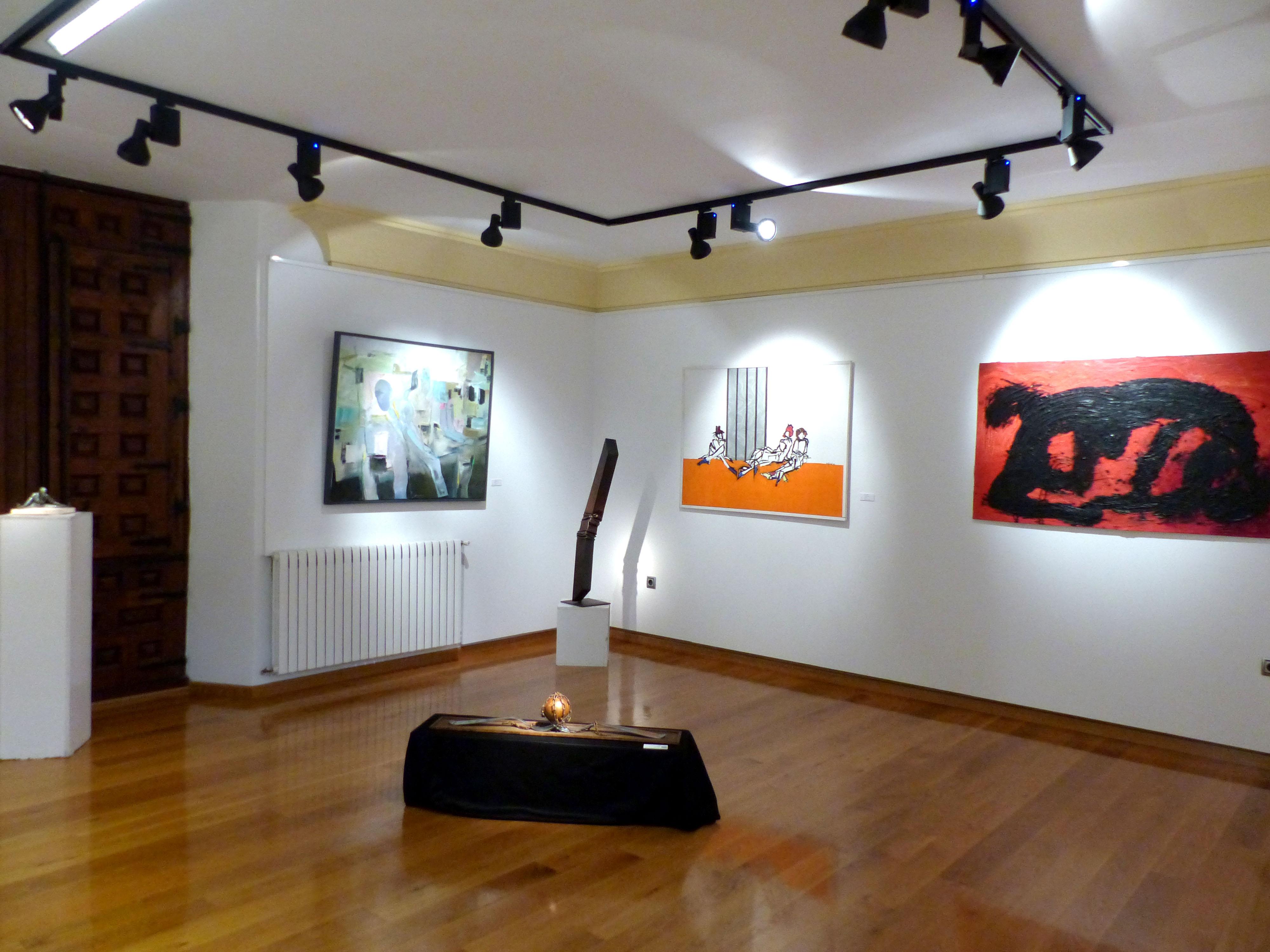 Vista de la exposición XX Certamen de Arte José Lapayese Bruna