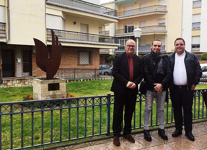 Xema Teno con el Alcalde de Martos Victor Torres y el Vicepresidente y Diputado de Promoción y Turismo de Jaén, Manuel Fernandez